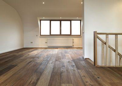 wooden_floor_landing