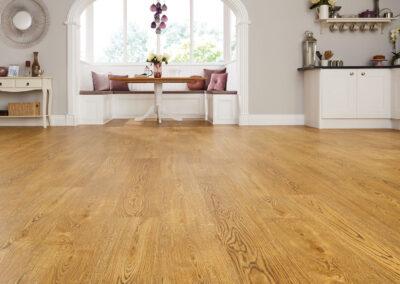 English Character Kitchen Wooden Floor